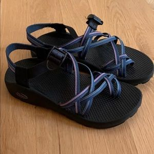 Chaco z sandals 9 blue pink